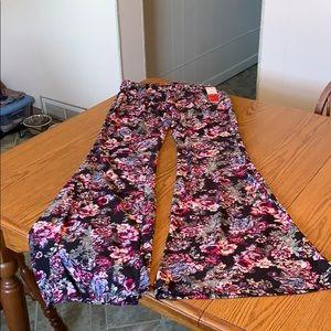 Hot Kiss floral flare leg pants, size juniors M.